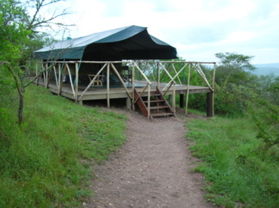 Tent_at_lake_mburo